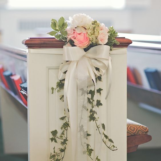 Wedding Decoration Ideas For Church Ceremony: How To Decorate A Church For Your Wedding