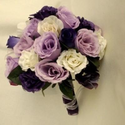 purple wedding flower bouquets