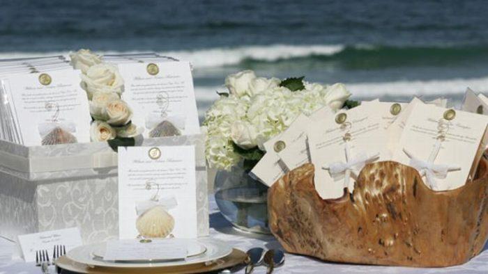 elegant beach wedding favors