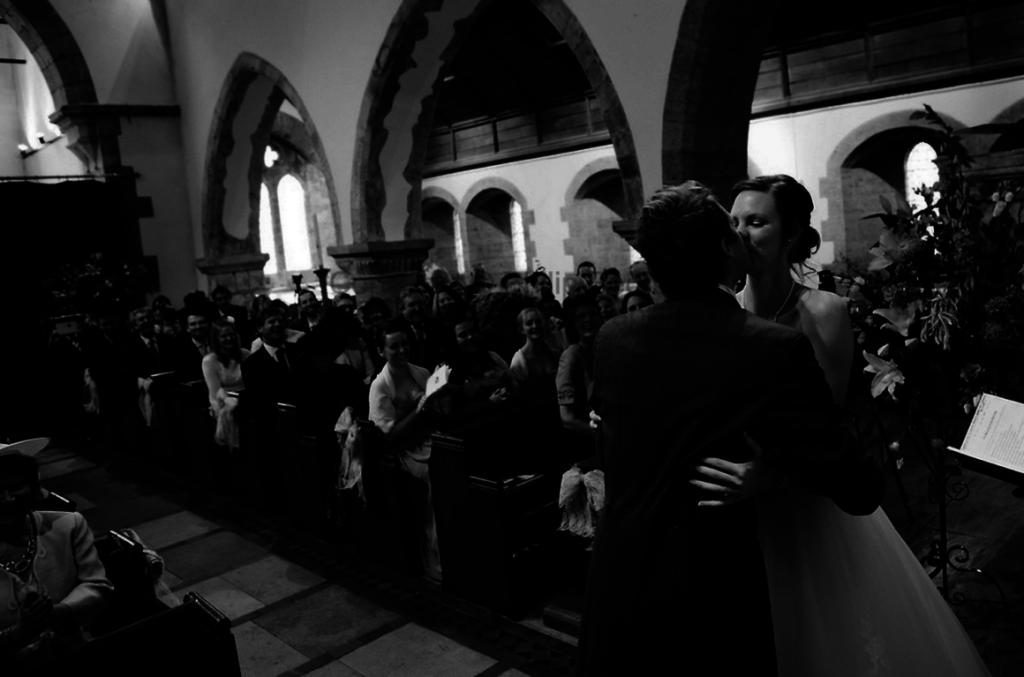 wedding photo ideas church
