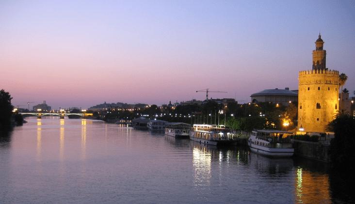 Sevilla hen weekends