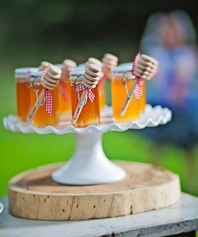 unique wedding favor ideas