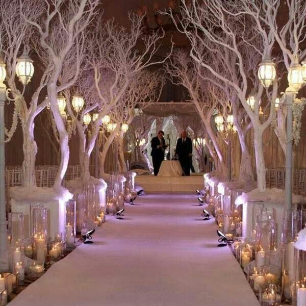 4 Of The Best White Winter Wedding Themes Wedding Ideas: Planning A Winter Wonderland Wedding