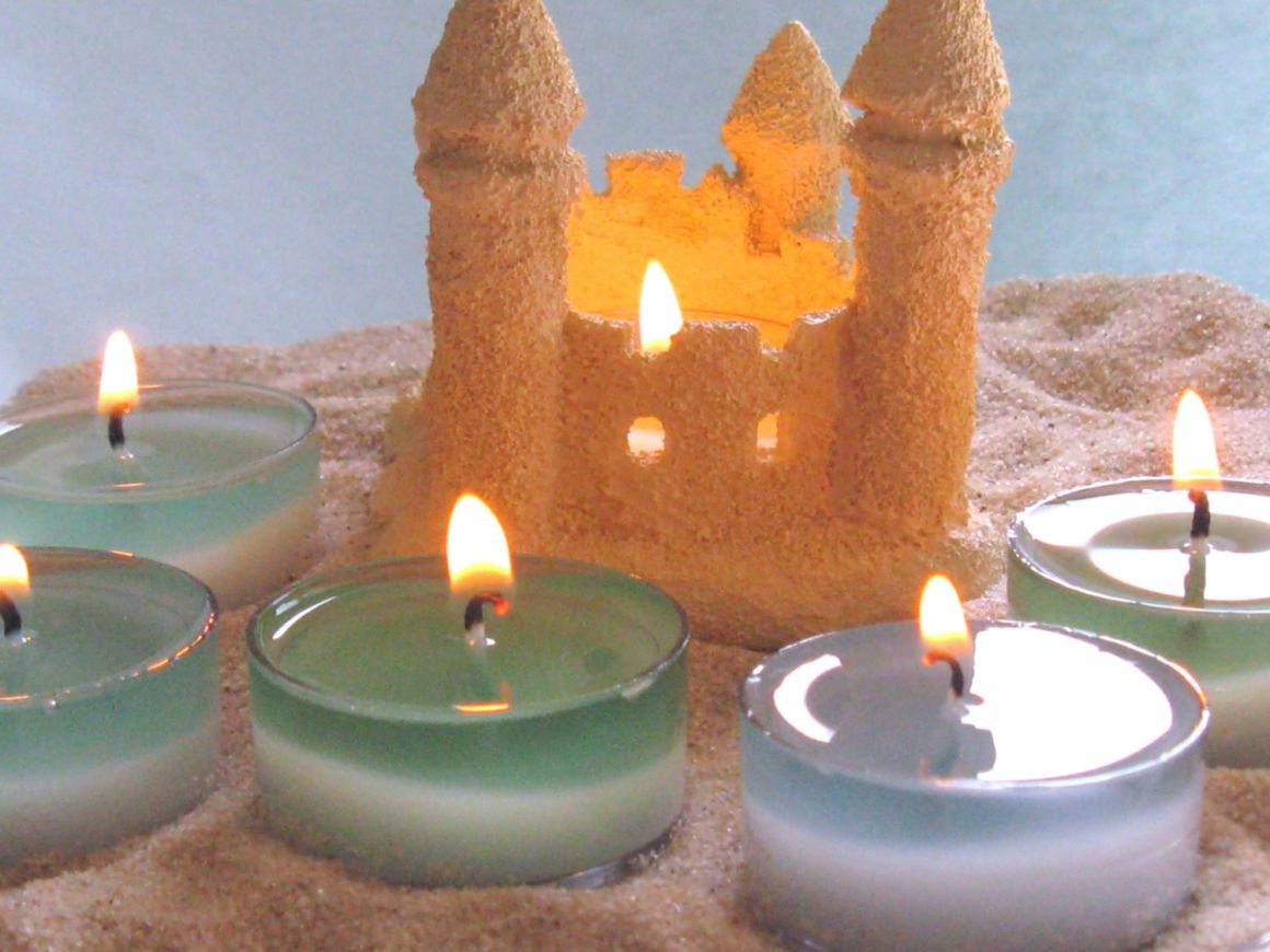beach wedding cake candle favors using candles to jumpstart wedding decor 11172