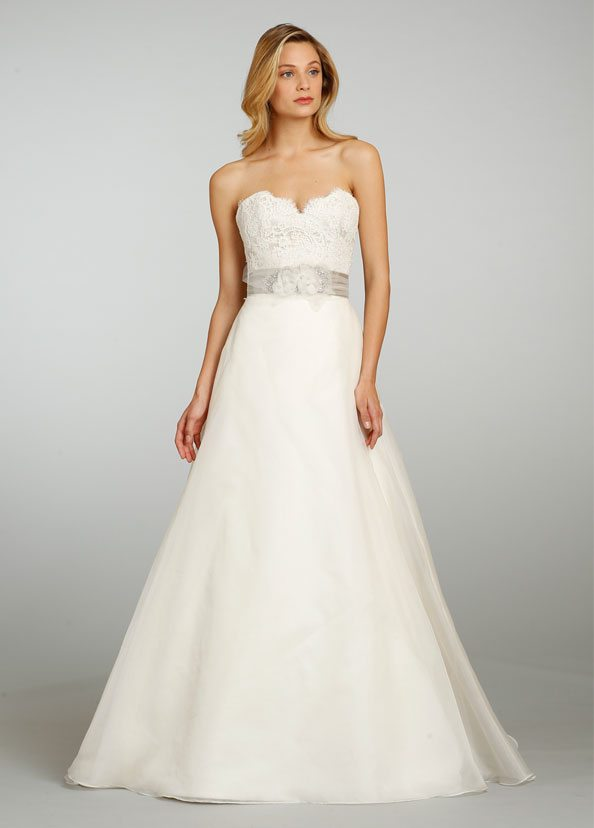 Jim Heljm Wedding Dresses.Jim Hjelm Bridal Silk Organza A Line Gown Strapless Lace