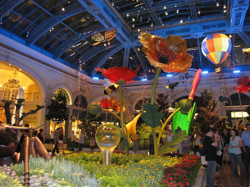 800px-Bellagio_display_9-11-2010