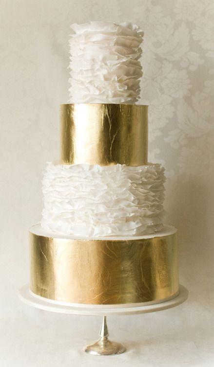 golden wedding cakes designs