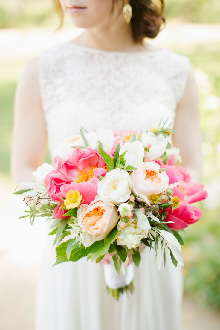 Peony (and rose) bouquet // Image Source