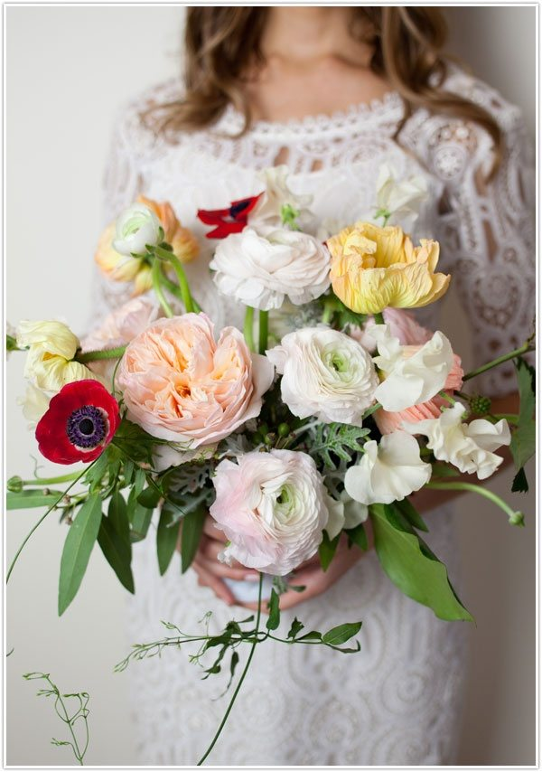 Best flowers for spring weddings part 2 of 2 topweddingsites ranunculus bottom center image source mightylinksfo