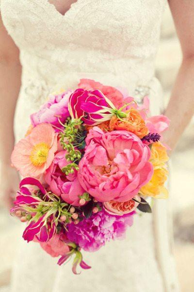 pink wedding bouquets,