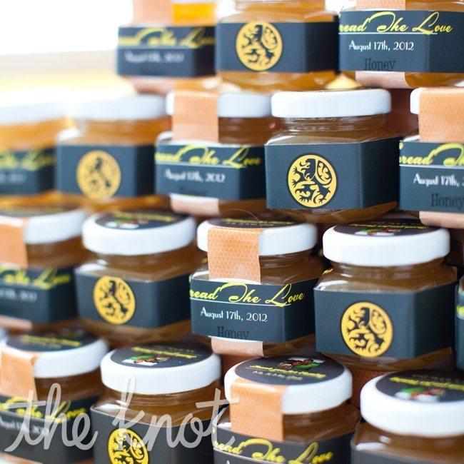 jar of honey favor