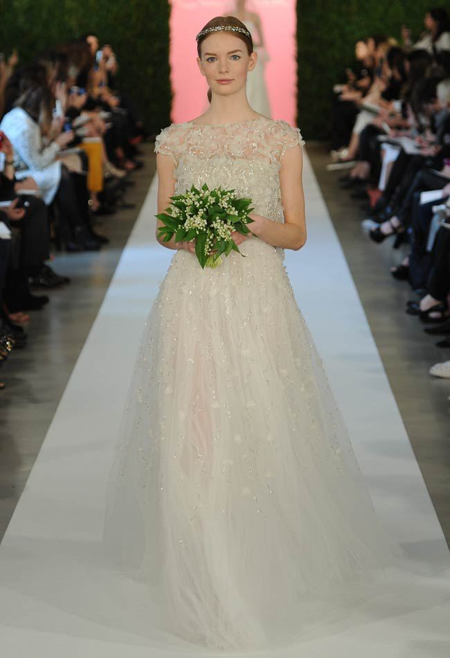 Oscar de la Renta Spring 2015 Dress Collection