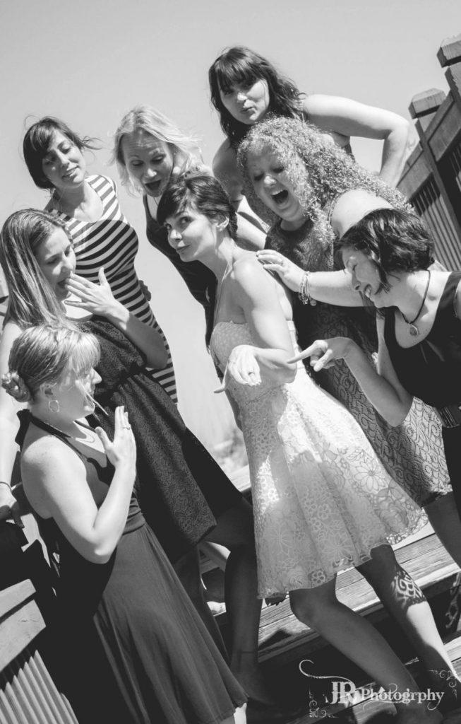 11 GIRLS FUN RING