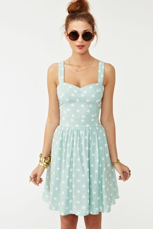 dress for country wedding