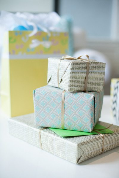 Monetary Wedding Gift Etiquette 2014 : Please, Do Not Bring Any Gifts!