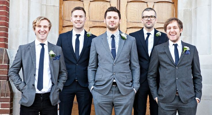 Ushers Vs. Groomsmen: What Are The Role Differences ?