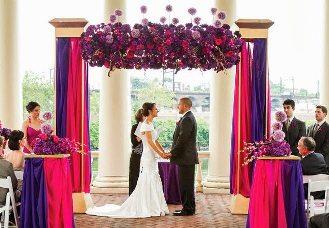 Beautiful-Puple-and-pink-ceremony-flowers