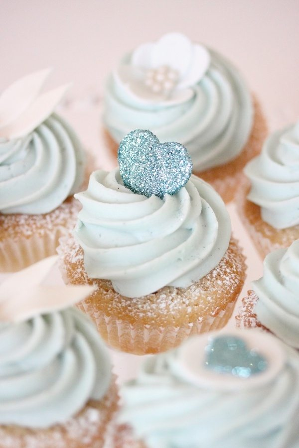 bridesmaid cupcakes
