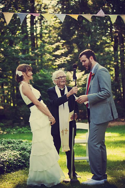 tipping wedding minister