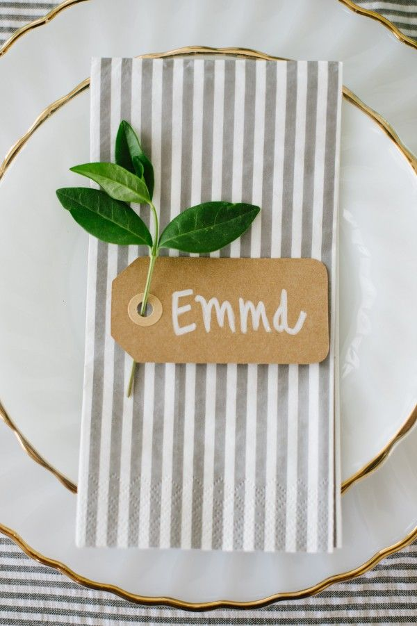 rehearsal dinner place setting