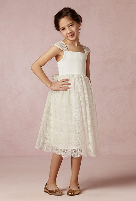 Flower Girl Dresses Emulate Bride