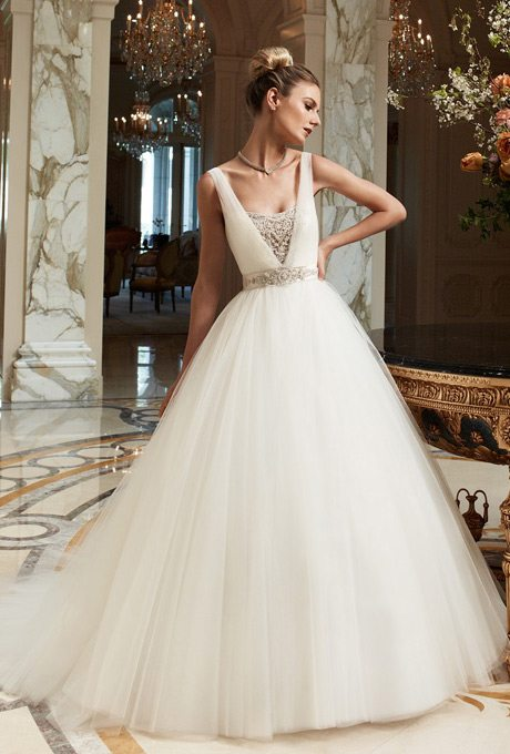 2091_casablanca_bridal_wedding_dress_primary