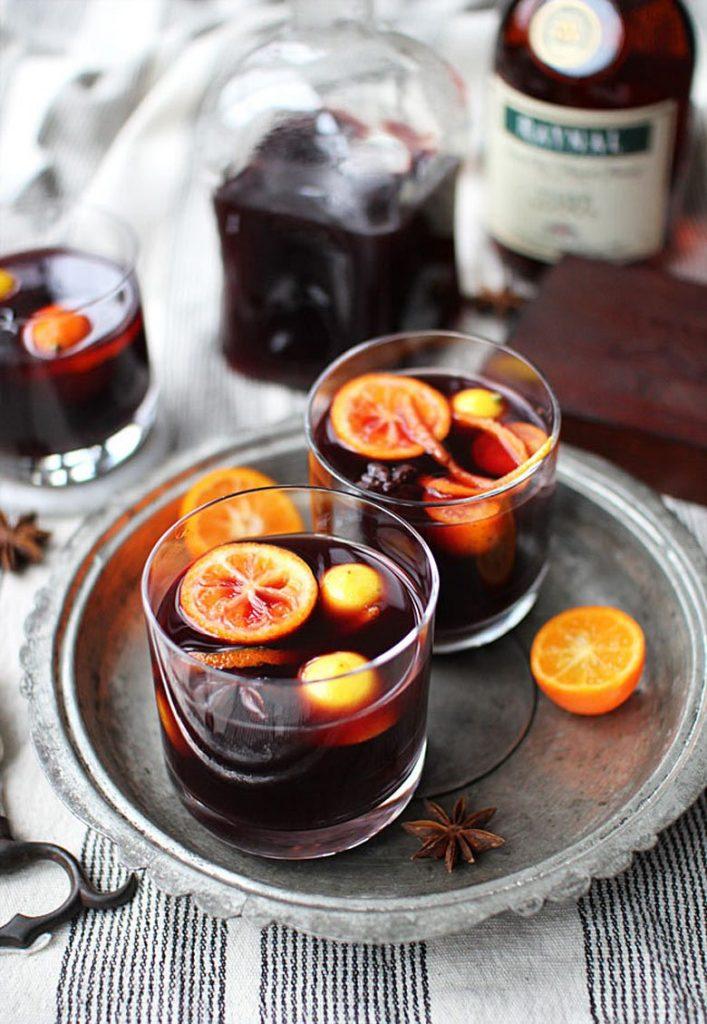 Mulled Wine Winter Wedding Signature Drink