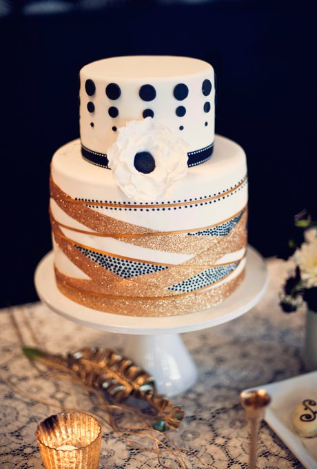 Metallic-Wedding-Cakes-Khaki-Bedford-Photography