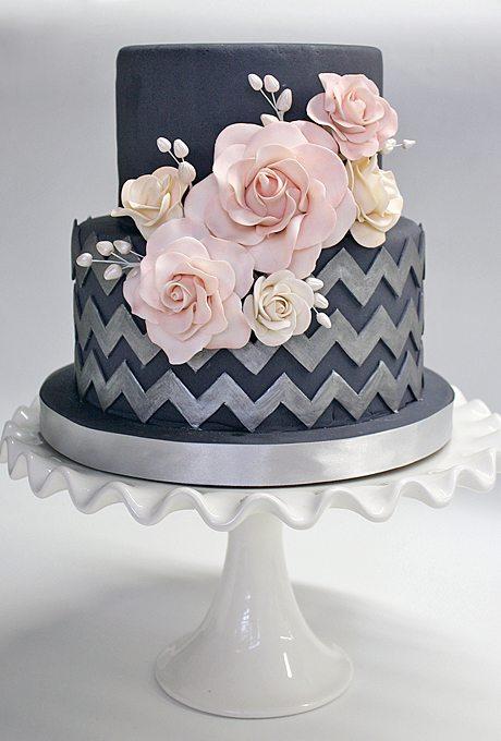 modern-wedding-cakes-dark-colors-coco-paloma-desserts