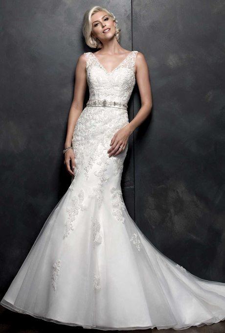 pl1555-kenneth-winston-wedding-dress-primary