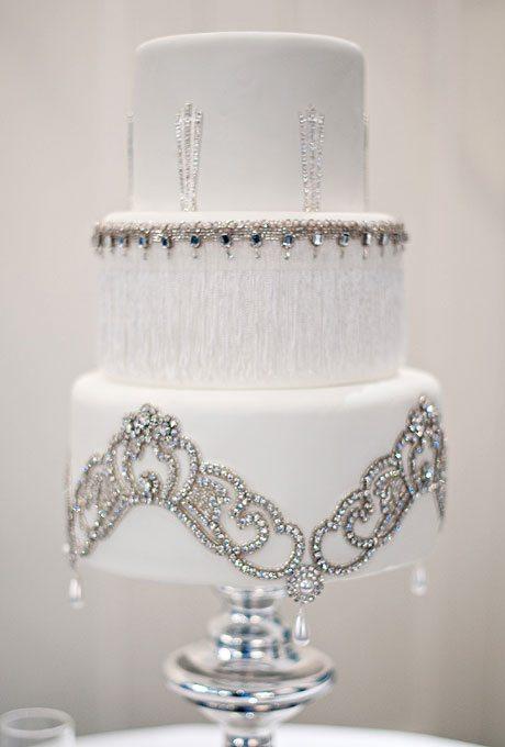 winter-white-wedding-cake-ideas-004