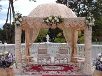 Are traditional weddings outdated