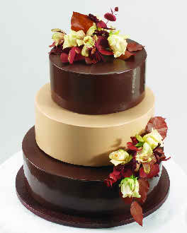 best flavored wedding cakes chocolate the most popular wedding cake flavor 11319
