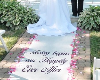 Choose the appropriate season for your wedding ceremony