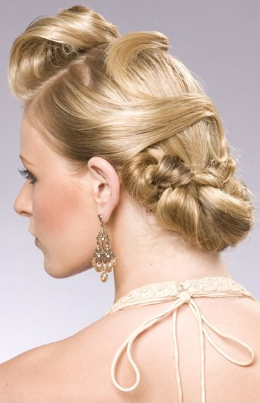 Choose your 2011 wedding hairstyle