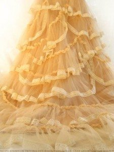 Creating-your-own-wedding-dress-using-imagination2
