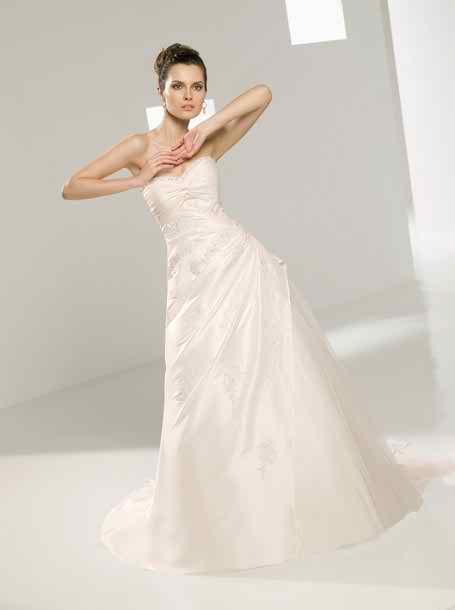 Elianna Moore wedding dresses 2