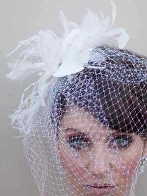 Fascinators VS. Headbands in my wedding day