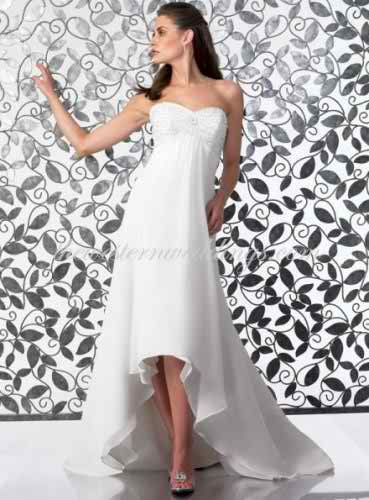 High-low dress for a nice bridal look