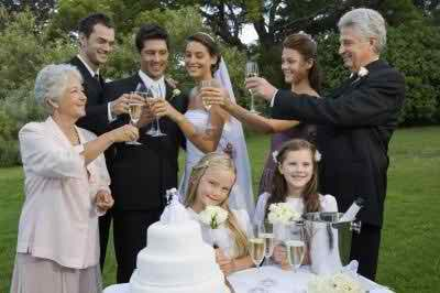 Ideas For a Wedding Toast Given by the Mother of the Bride
