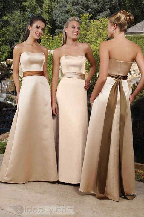 Let your friends choose their bridesmaids apparel