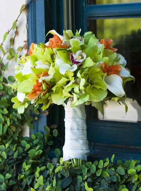 Short wedding flowers