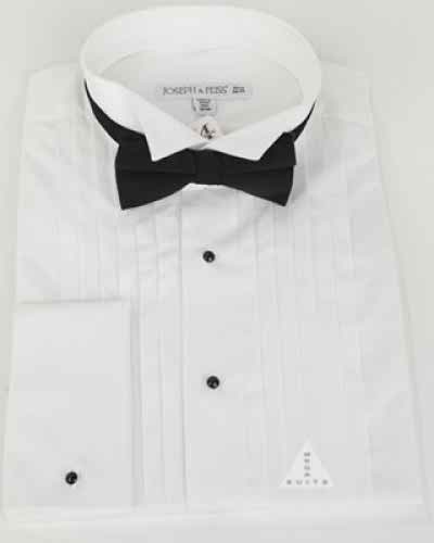 The groom should match his tie with his wedding shirt