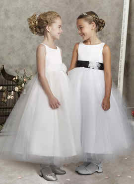 The ideal wedding attire for my kids