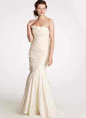 The perfect wedding dress for short brides