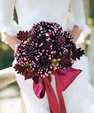 The wedding bouquet will improve the aspect of your nuptials