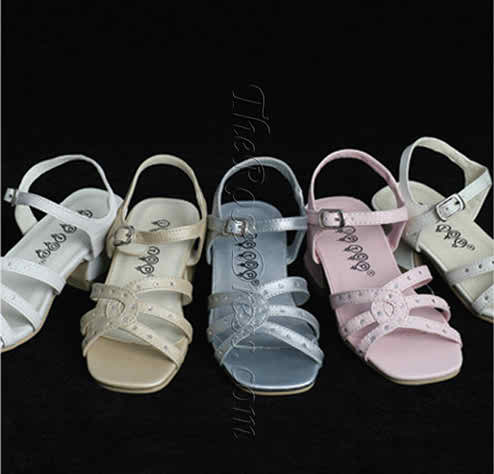 Tips on how to buy the flower girls' shoes
