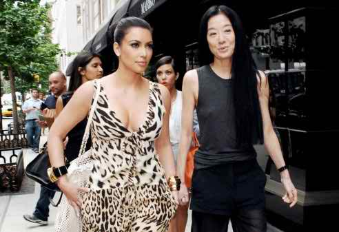Vera Wang designing the bridal gown to be worn by Kim Kardashian