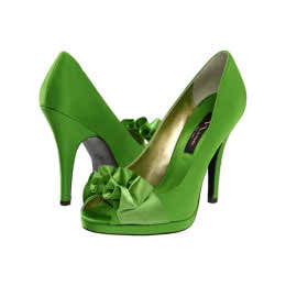 When Should A Bride Go For Green Bridal Shoes