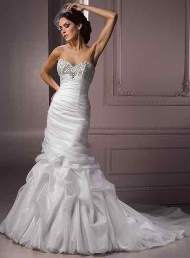 Wedding dress with complex details